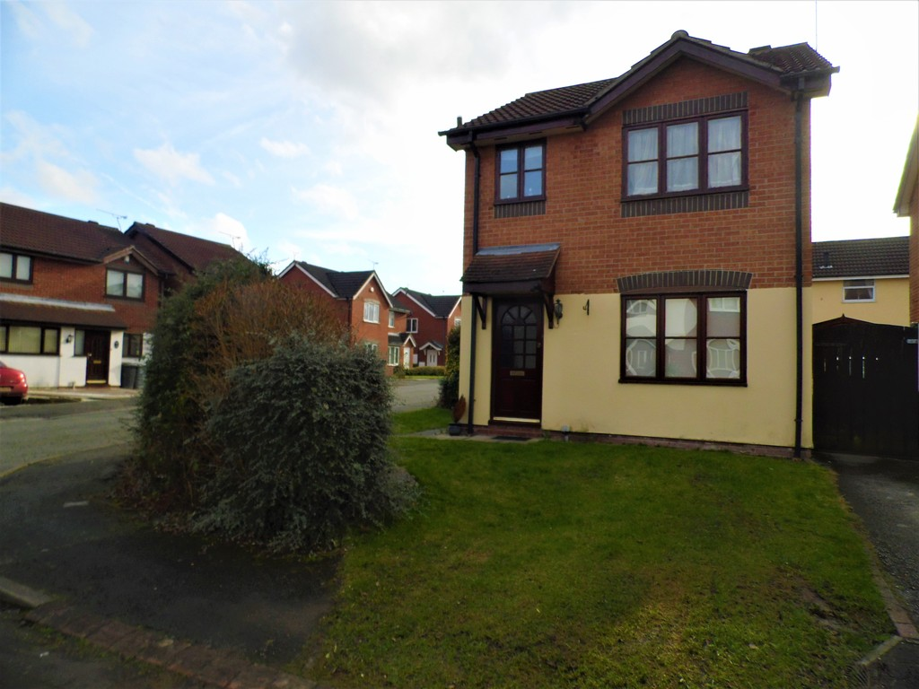 3 Bedrooms Detached House for rent in Kestrel Drive, Crewe CW1