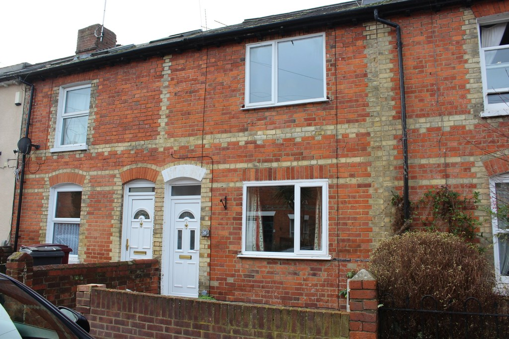 3 Bedrooms Terraced House for sale in Carnarvon Road, Reading RG1