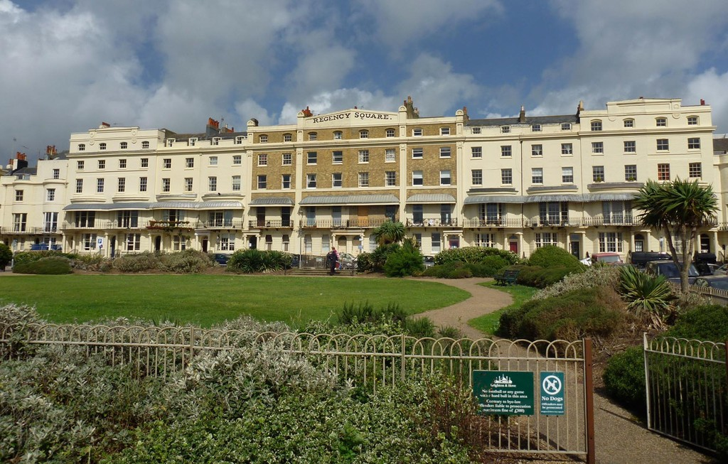 21 Bedrooms Terraced House for sale in Regency Square, Brighton BN1