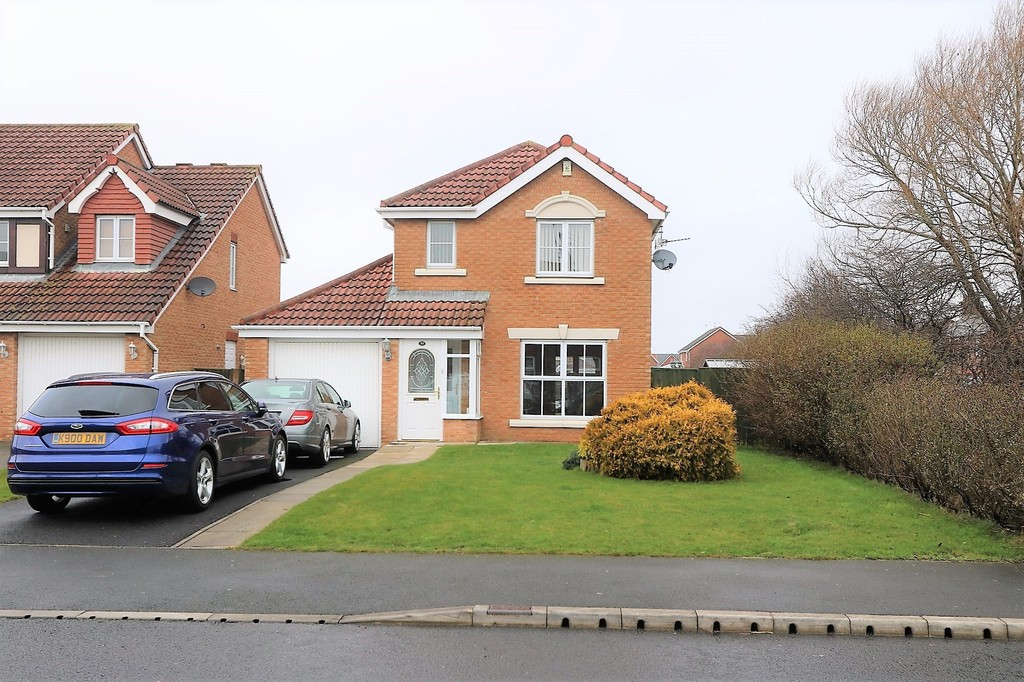 3 Bedrooms Detached House for sale in Gamble Road, Thornton-Cleveleys FY5