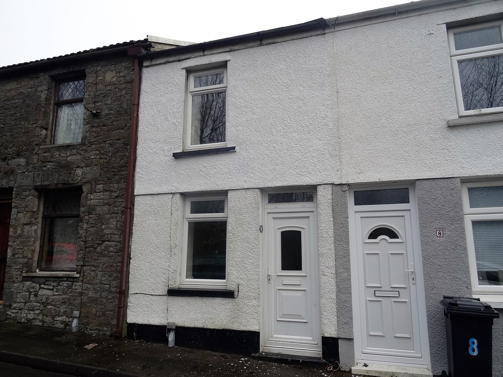 2 Bedrooms Terraced House for sale in Abermorlais Terrace, Merthyr Tydfil CF47