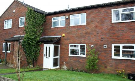 Norwich Drive Woodley Reading RG5 Image 3