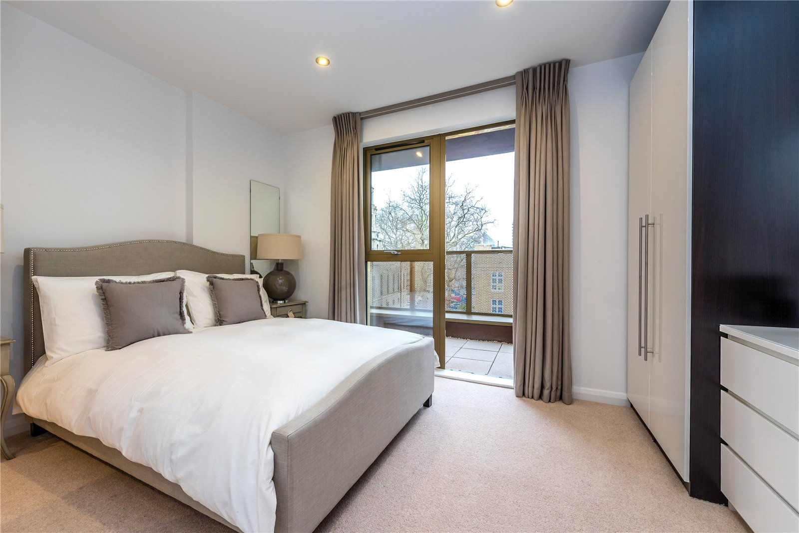 2 Bedrooms Flat for sale in The Residence Hoxton London N1