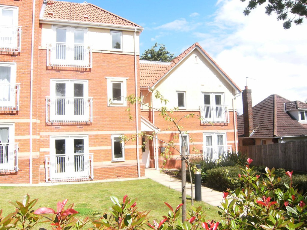 2 Bedrooms Apartment Flat for sale in Goldthorn Park, Wolverhampton WV4
