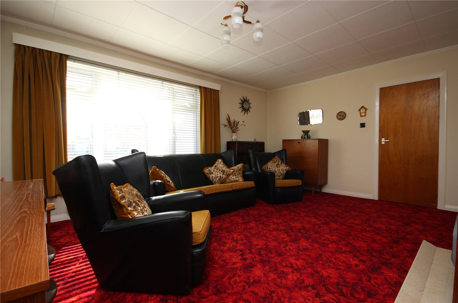 Cj Hole Bradley Stoke 3 Bedroom Bungalow For Sale In