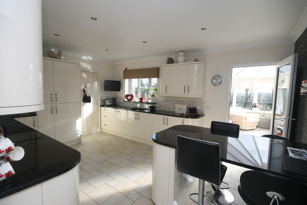 5 Bedrooms Detached House for sale in Forest Rise, Desford LE9