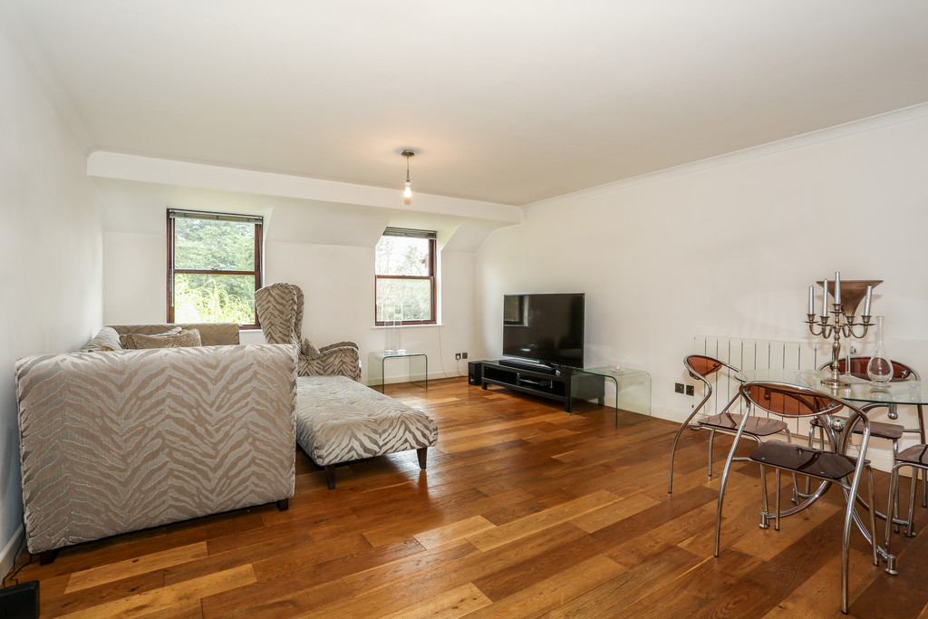 2 Bedrooms Apartment Flat for sale in Temple road, Croydon CR0