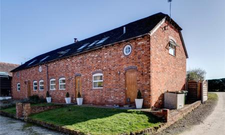 Photo of 3 bedroom Barn Conversion for sale