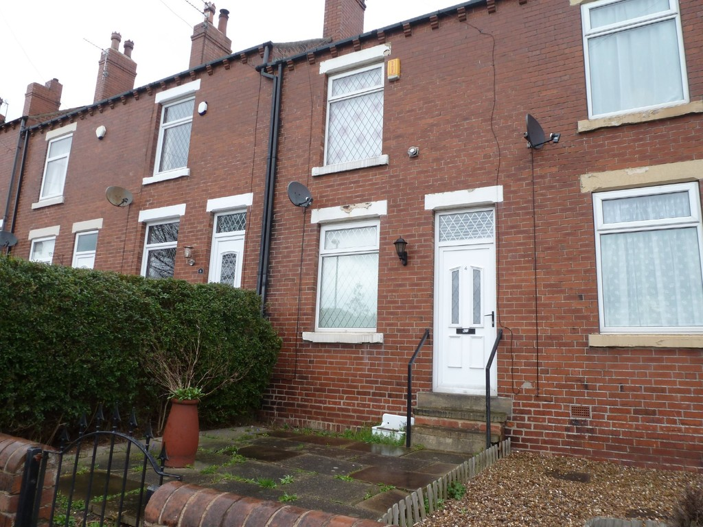 2 Bedrooms Terraced House for sale in Mount Road, Stanley WF3