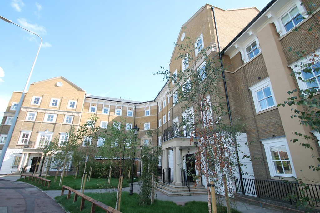 1 Bedroom Apartment Flat for sale in Lyttleton House, Broomfield Road CM1