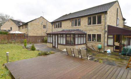 Coach House Close Bradford West Yorkshire BD7 Image 24