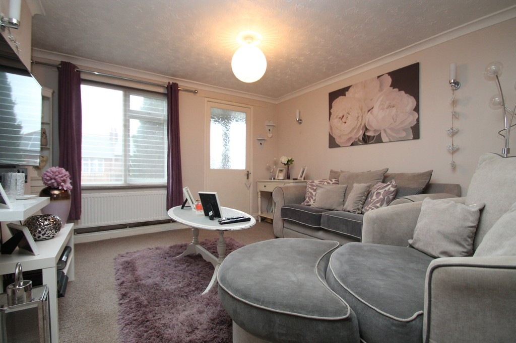 2 Bedrooms Terraced House for sale in Coggeshall Road, Braintree CM7