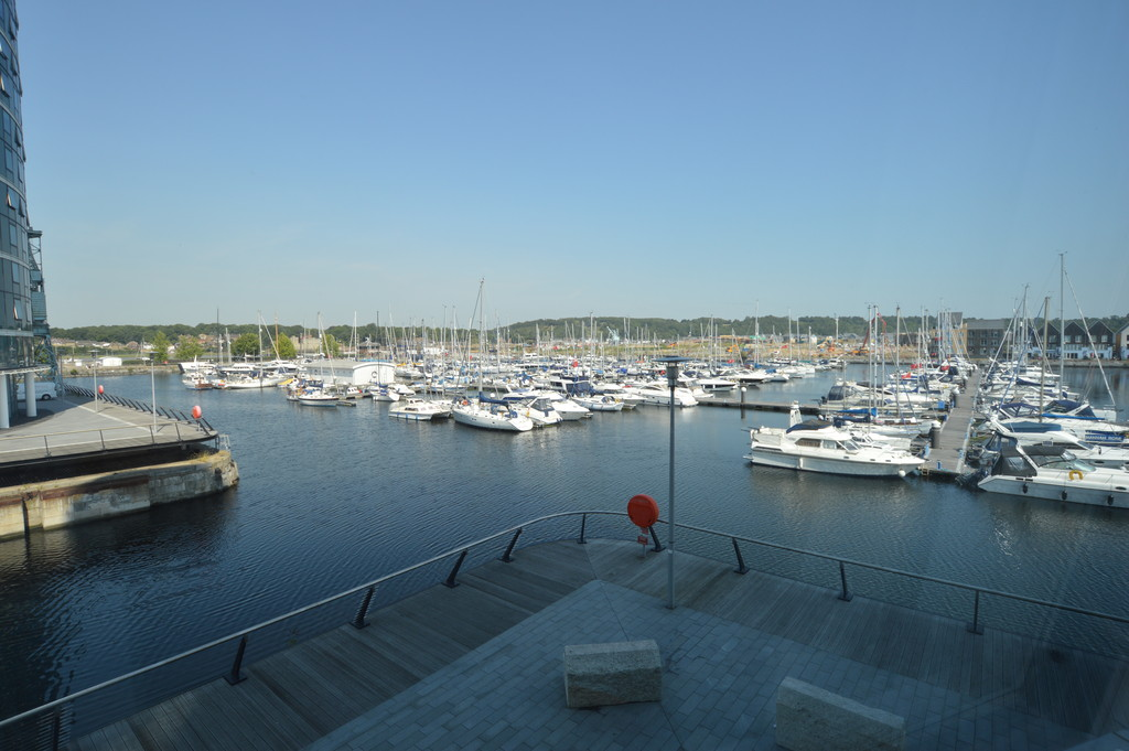 1 Bedroom Apartment Flat for sale in Marina Point East, Chatham ME4