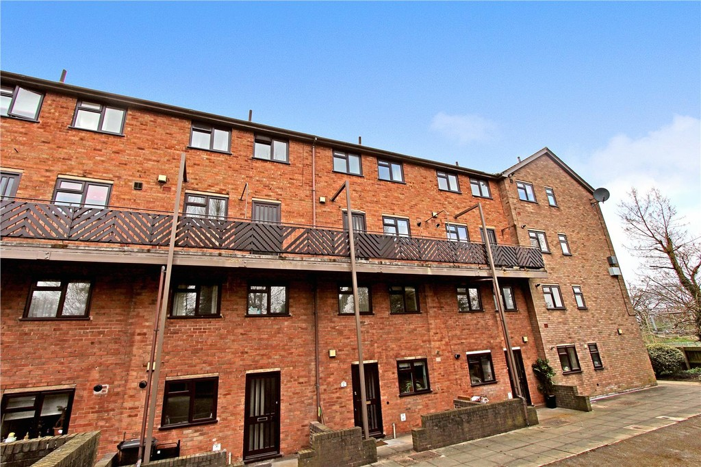 2 Bedrooms Maisonette Flat for sale in Amington, Tamworth B77