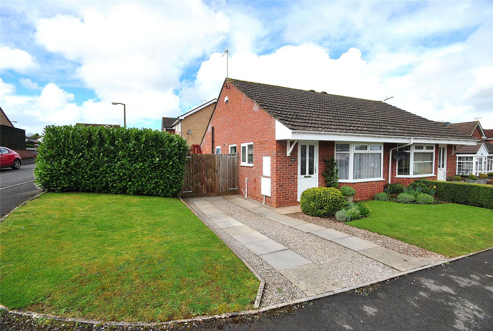 2 Bedrooms Bungalow for sale in West Garston Banwell North Somerset BS29
