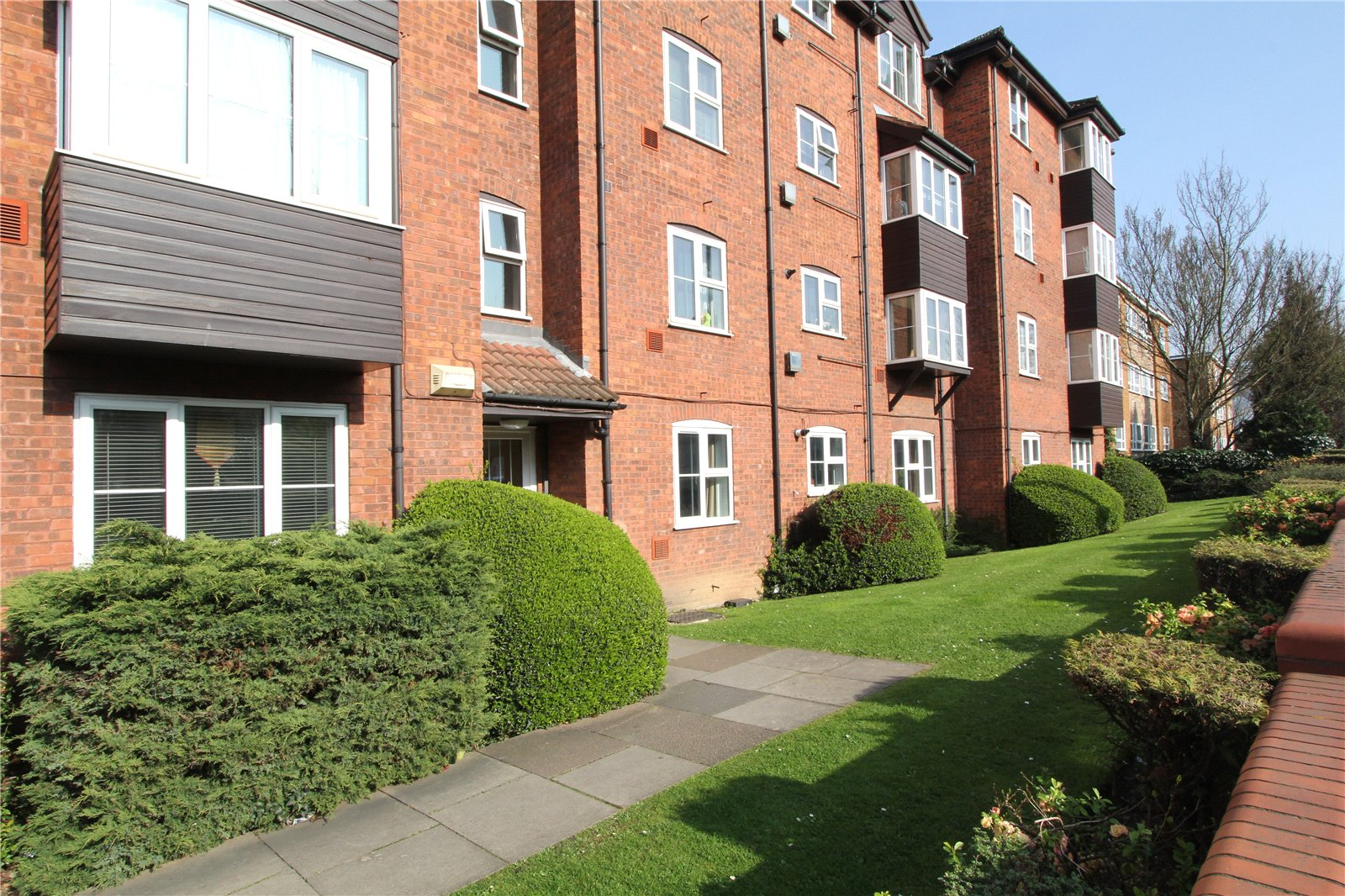 1 Bedroom Flat for sale in Shepherds Court 35 Sheepcote Road Harrow HA1