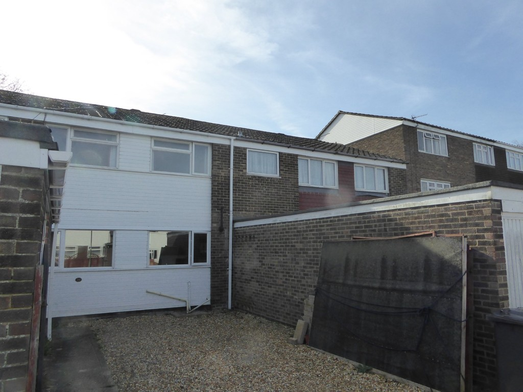 6 Bedrooms Terraced House for sale in Edgehill Close, Basingstoke RG22