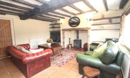 Rose Cottage Bishopstone HP17 Image 3