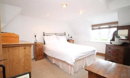Rose Cottage Bishopstone HP17 Image 8