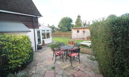Rose Cottage Bishopstone HP17 Image 12