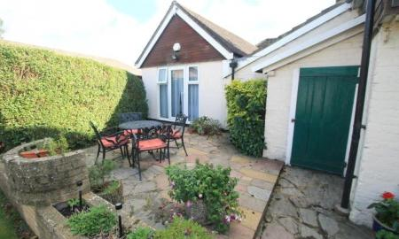 Rose Cottage Bishopstone HP17 Image 13
