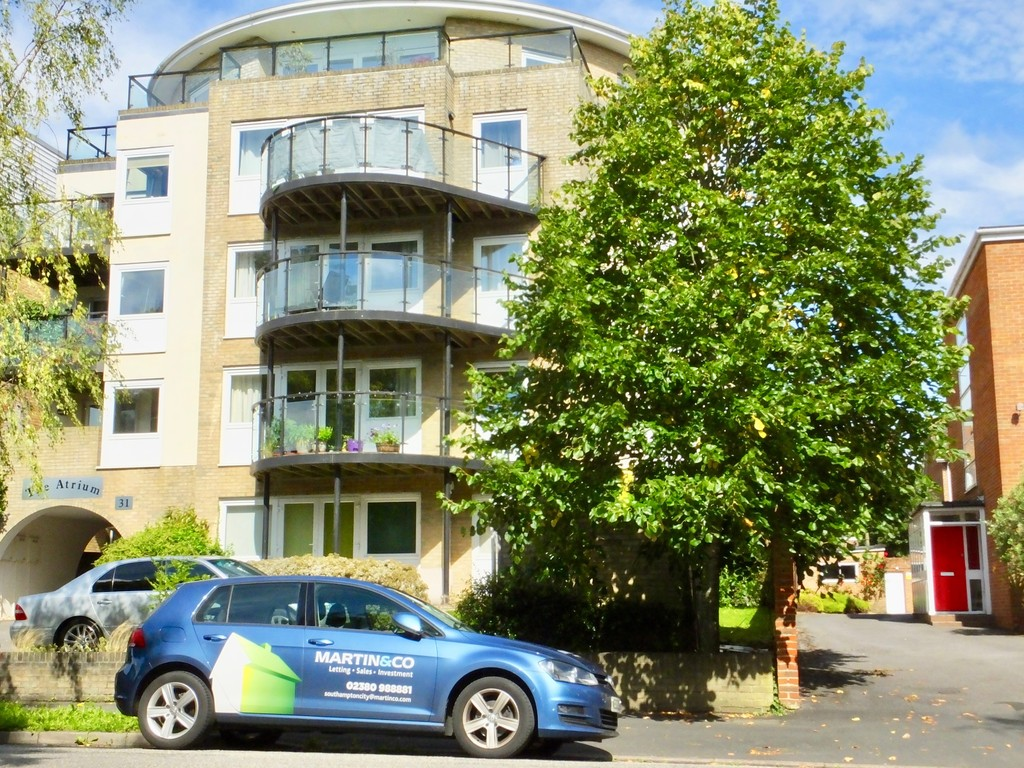 2 Bedrooms Apartment Flat for sale in Westwood Road, Southampton SO17