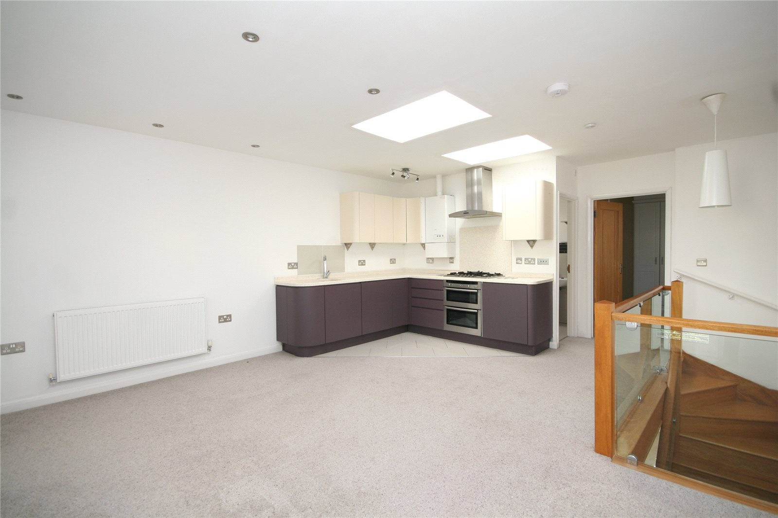 2 Bedrooms Detached House for sale in Wellington Lane Cheltenham GL50