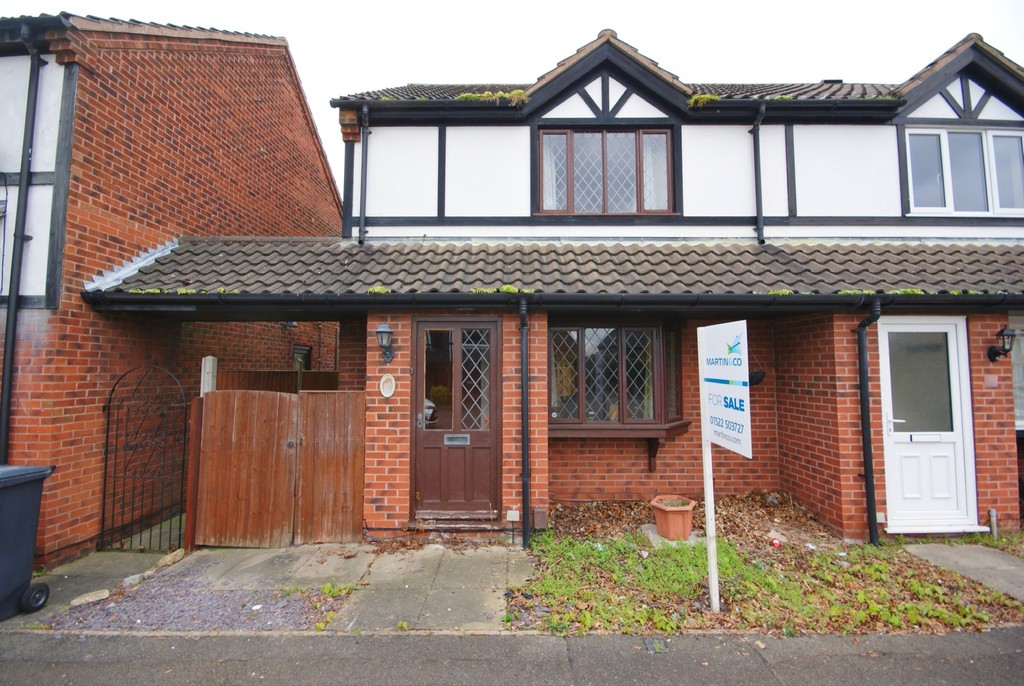 2 Bedrooms Property for sale in Troutbeck Close, Lincoln LN2