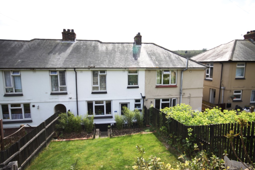 3 Bedrooms Terraced House for sale in St Radigund's Road, Dover CT17