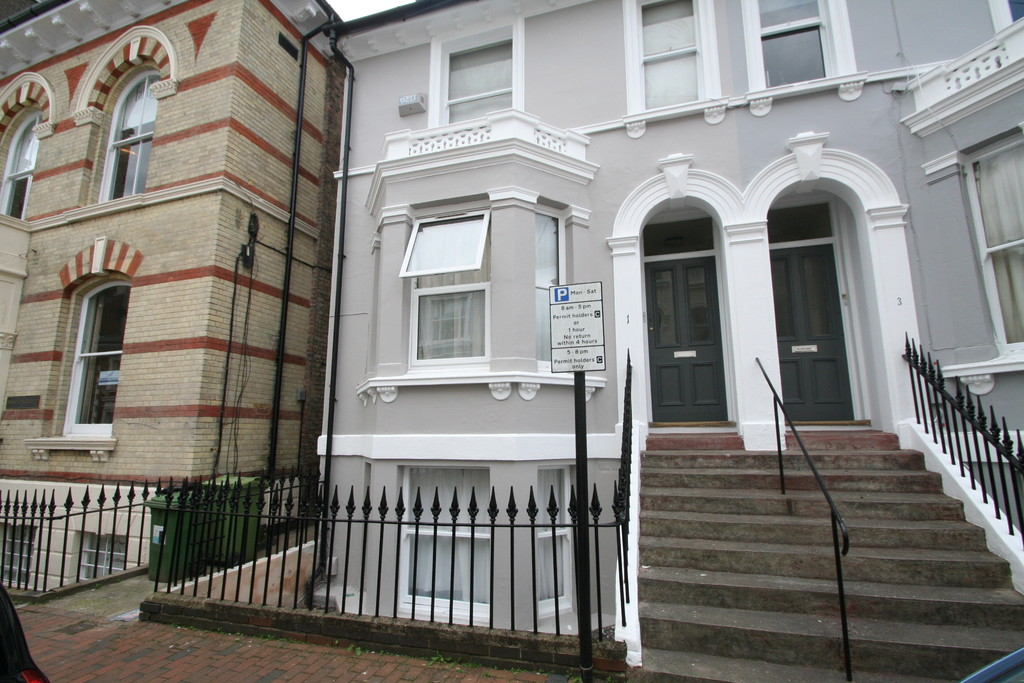 1 Bedroom Apartment Flat for sale in Dudley Road TN1