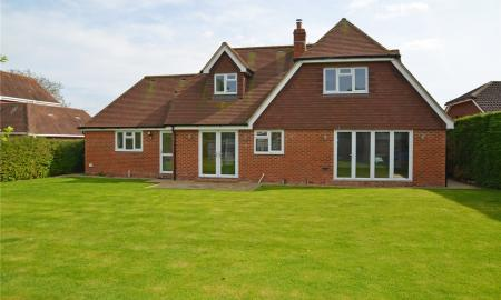 Fairway Avenue Tilehurst Reading RG30 Image 5