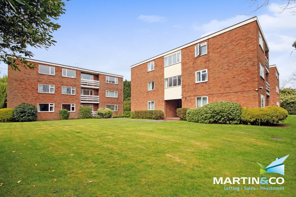 1 Bedroom Flat for sale in Millmead Lodge, Wake Green Road, Moseley, B13 B13