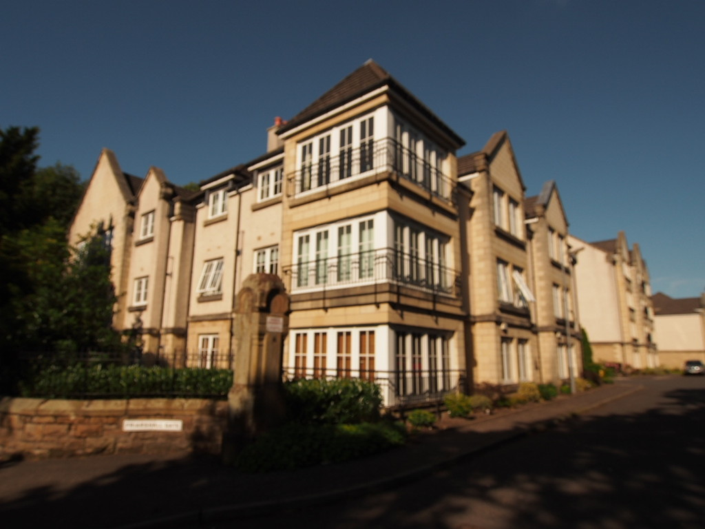 2 Bedrooms Apartment Flat for sale in Friarshall Gate, Paisley PA2