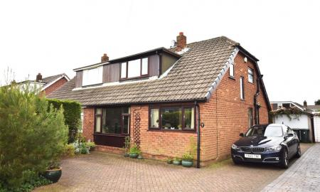 Photo of 4 bedroom Semi-Detached Bungalow for sale