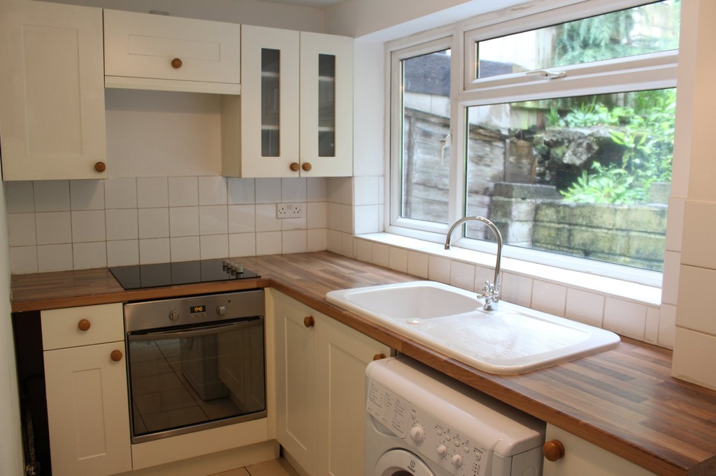 2 Bedrooms Terraced House for sale in Bonhay Road EX4