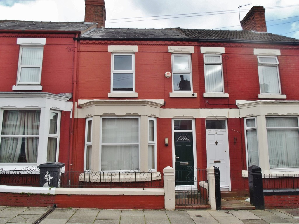 3 Bedrooms Terraced House for sale in Park Road, Birkenhead CH42