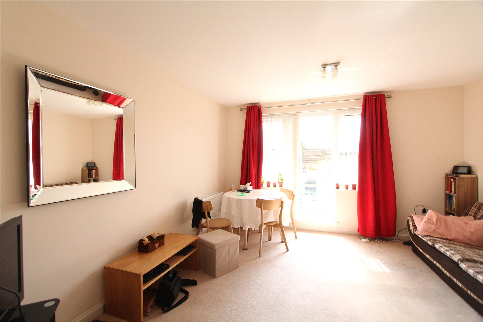 2 Bedrooms Flat for sale in Bridge Court Stanley Road Harrow HA2