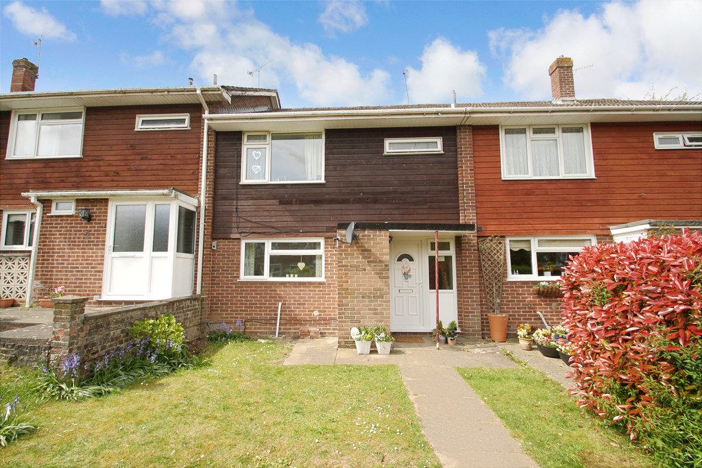 3 Bedrooms Terraced House for sale in Buriton Road, Harestock SO22