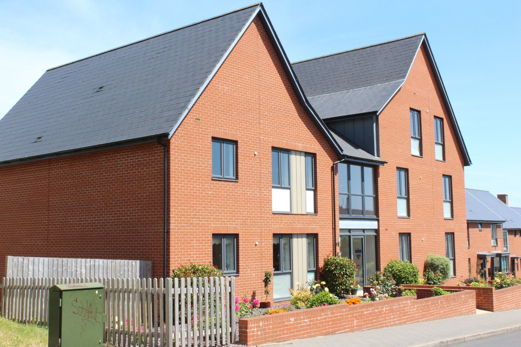 2 Bedrooms Apartment Flat for sale in Milbury Farm Meadow, Exminster EX6