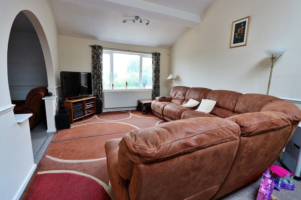 3 Bedrooms Apartment Flat for sale in St Patricks Court, Cyncoed CF23