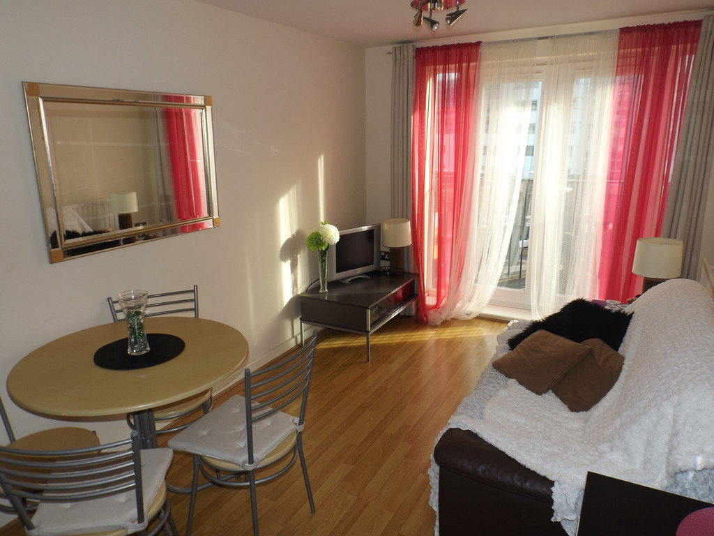 Martin co nottingham city 1 bedroom apartment for sale for Bedroom zone nottingham
