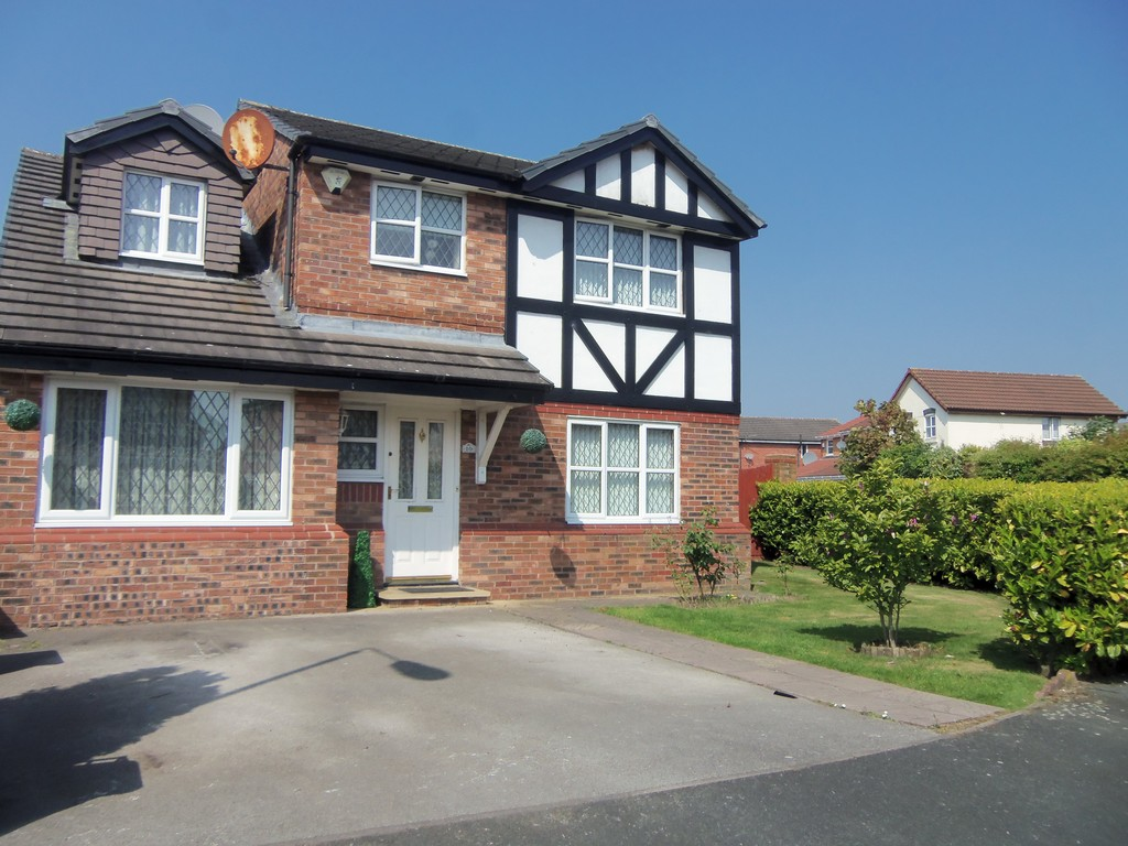 4 Bedrooms Detached House for sale in Winterley Drive, Halewood, Liverpool L26