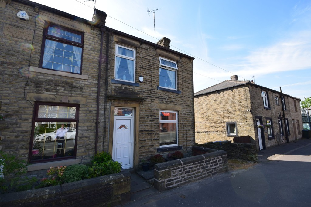 2 Bedrooms Property for sale in New Road, Littleborough OL15