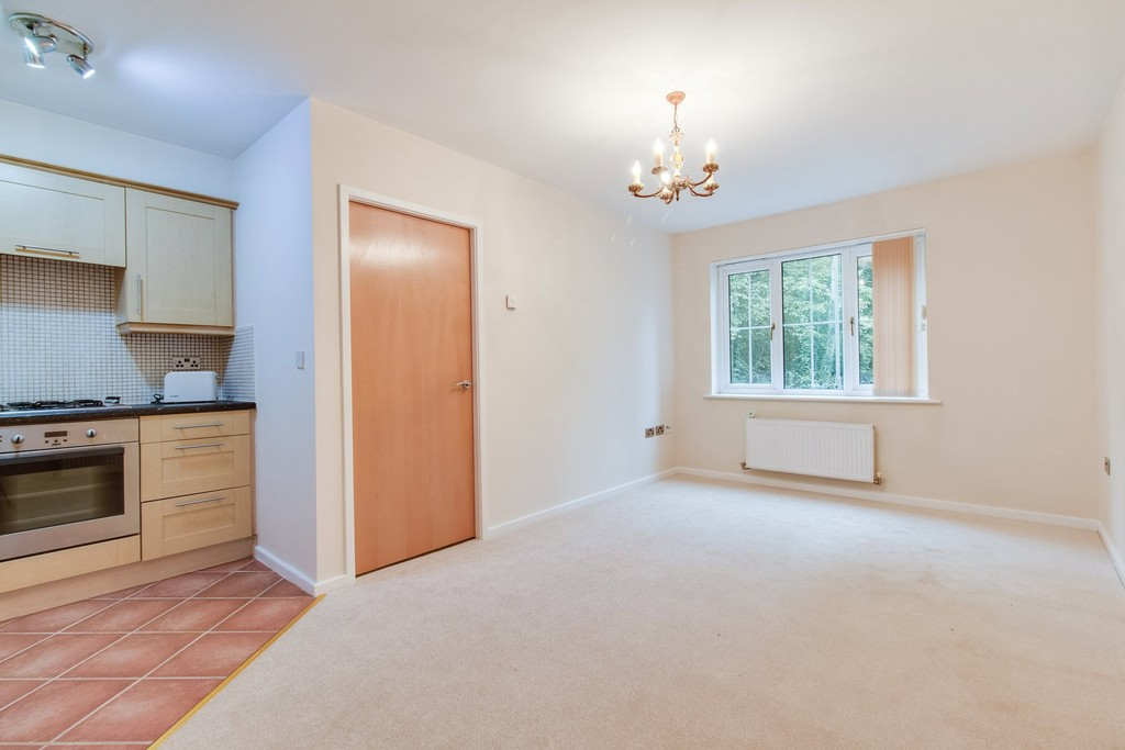 1 Bedroom Property for sale in St Matthews Close, Renishaw S21