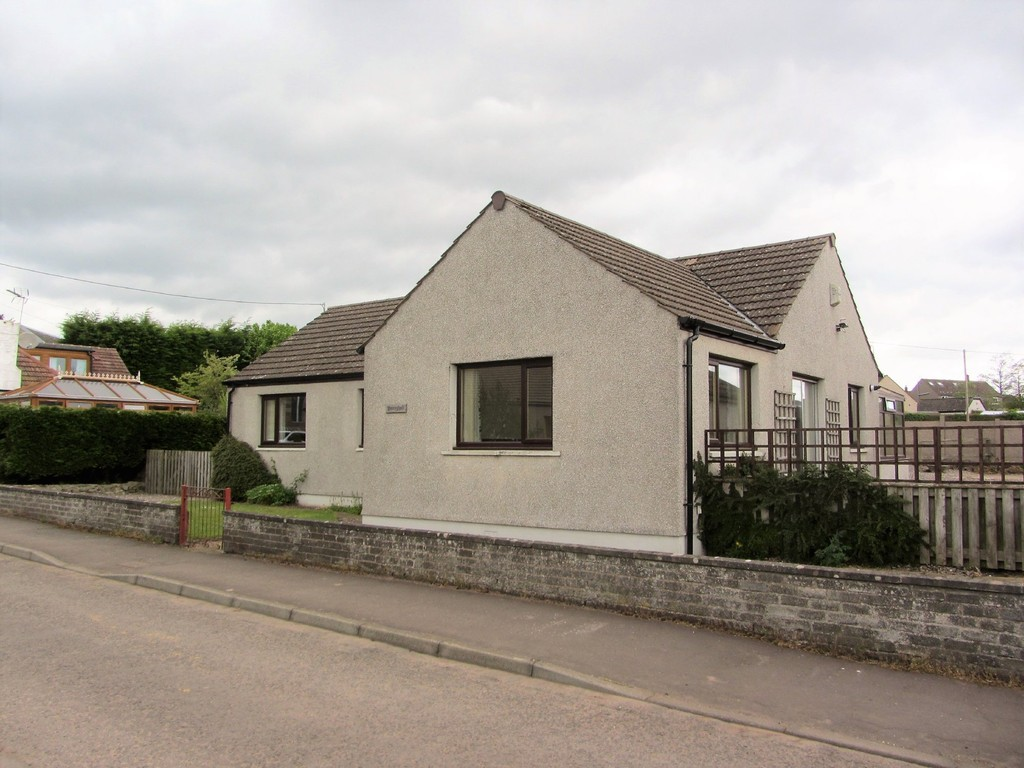 3 Bedrooms Detached House for sale in Manse Road, Springfield, Cupar KY15