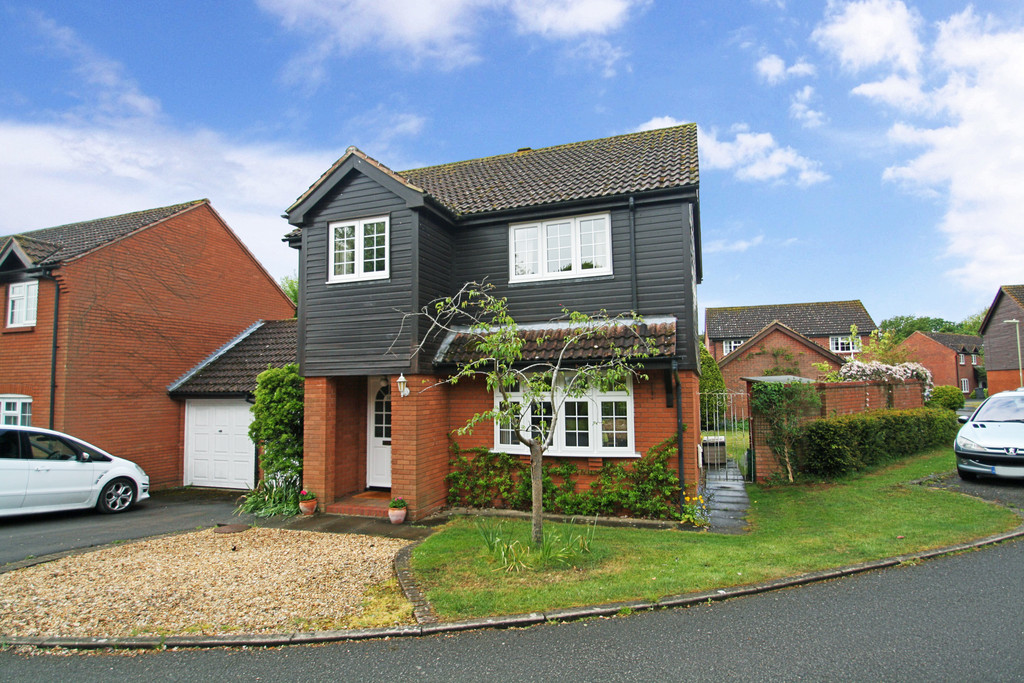 4 Bedrooms Detached House for sale in South Wonston, Winchester SO21