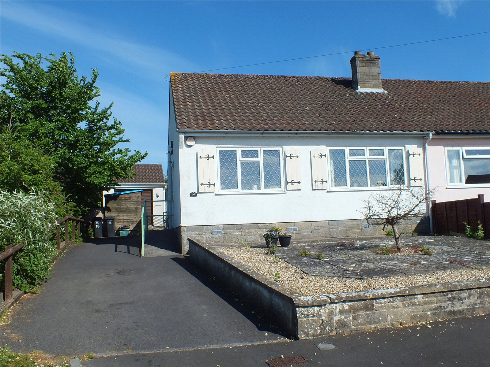 2 Bedrooms Bungalow for sale in Combe Batch Rise Wedmore Somerset BS28