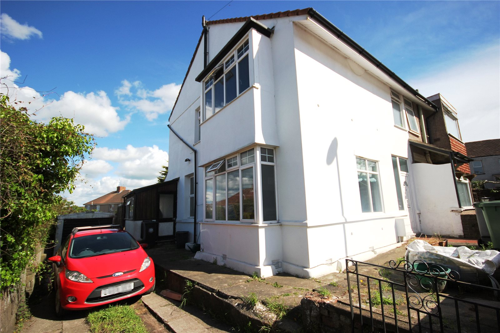 3 Bedrooms Semi Detached House for sale in Dorset Road Kingswood Bristol BS15
