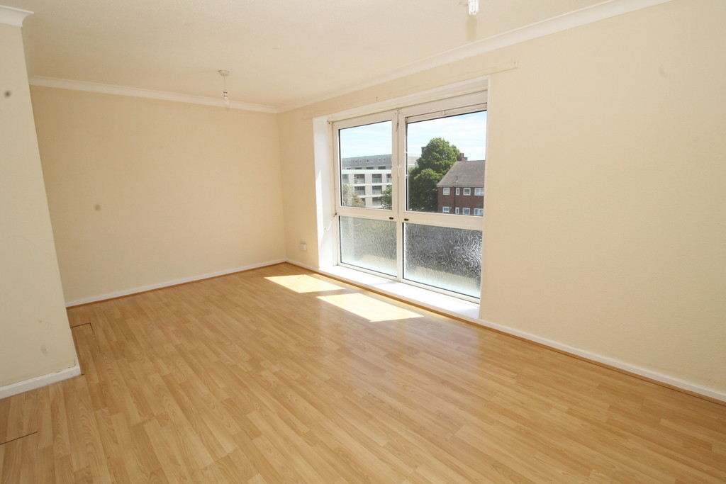 2 Bedrooms Maisonette Flat for sale in Lord Street, Portsmouth PO1