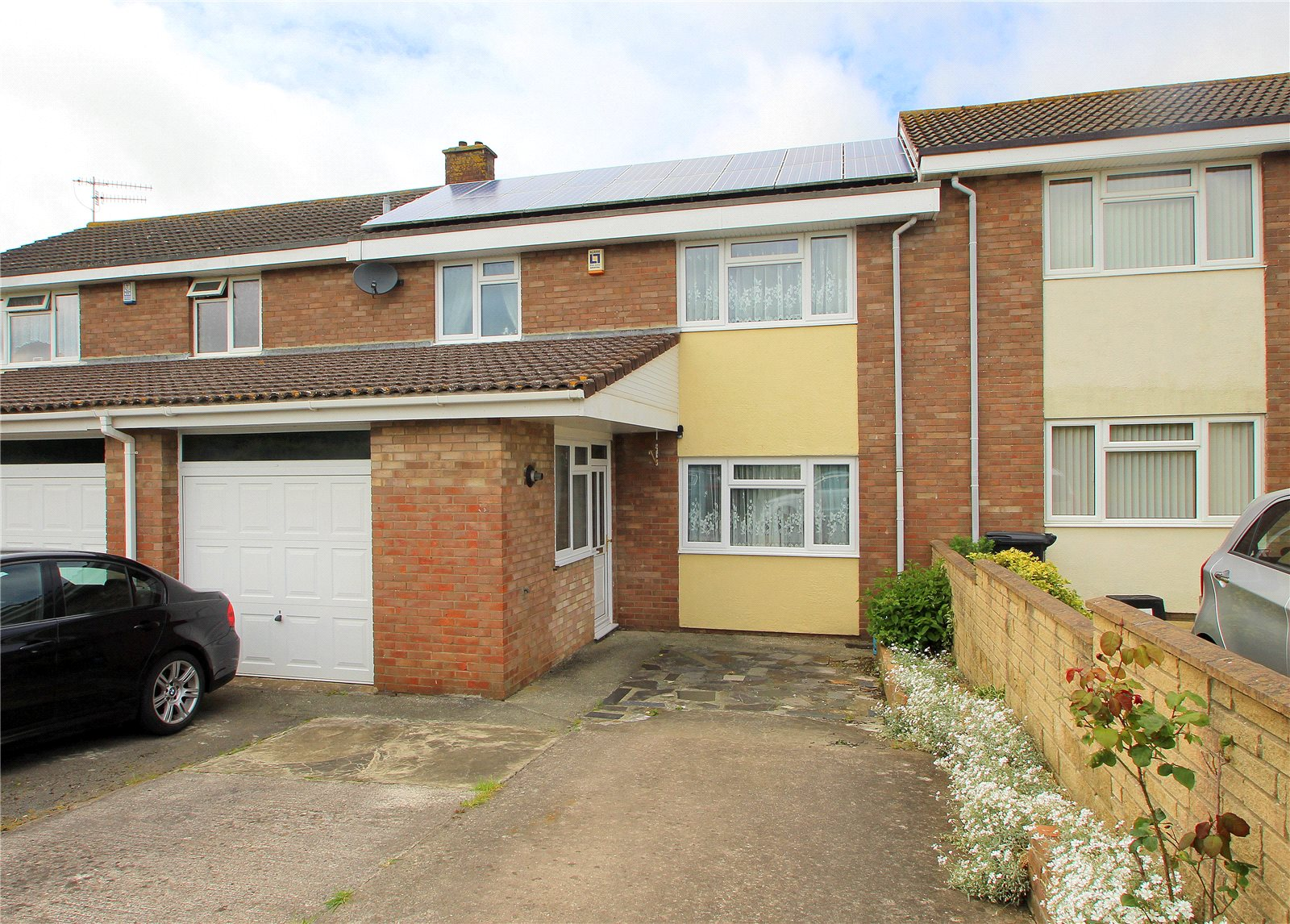 3 Bedrooms Terraced House for sale in Rosemere Gardens Uplands Bristol BS13
